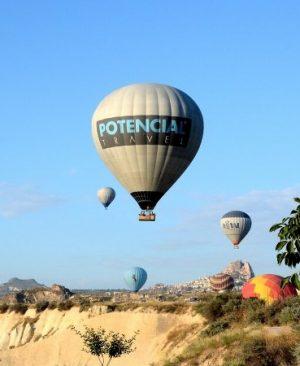 Deluxe Balloons Deluxe Private Flight